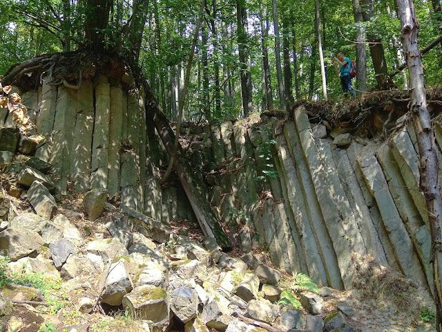 Muchów - Mszana bazaltowe słupy
