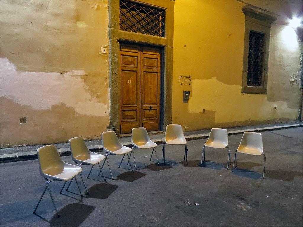Le Sedie Vuote.Livorno Una Foto Al Giorno Sedie Vuote