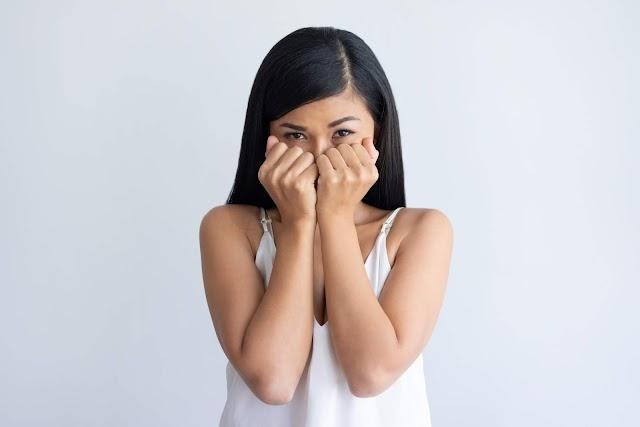 هل انت شخص خجول؟ اليك 8 خطوات لتغلب على خجلك وتصبح شخصا اجتماعيا