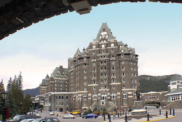 Banff National Park Hotel with Great Architecture