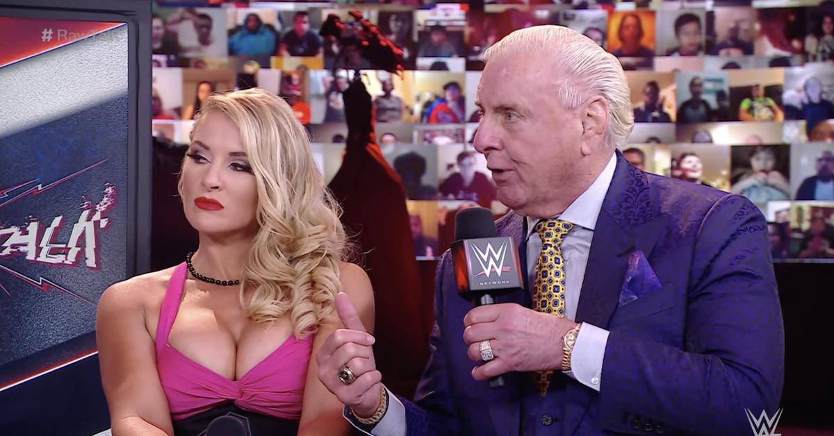 Ric Flair não gostou de quase fazer par romântico com Lacey Evans na WWE