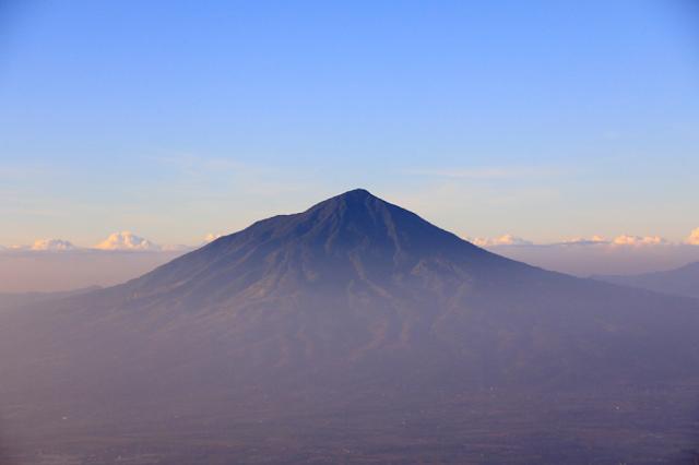 Gunung Cikurai serta Sejarahnya