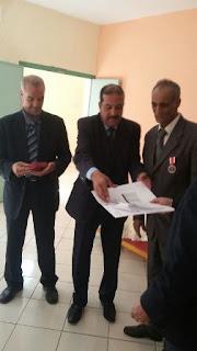 المدير الإقليمي للتعليم بالفقيه بن صالح يشرف على تكريم مدير مدرسة الزرقطوني بسبب نيله الوسام
