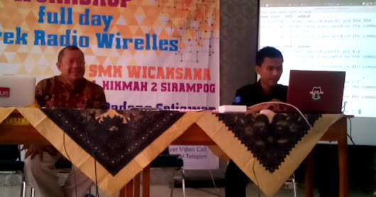 Mengikuti Workshop full day Oprek Radio Wireless