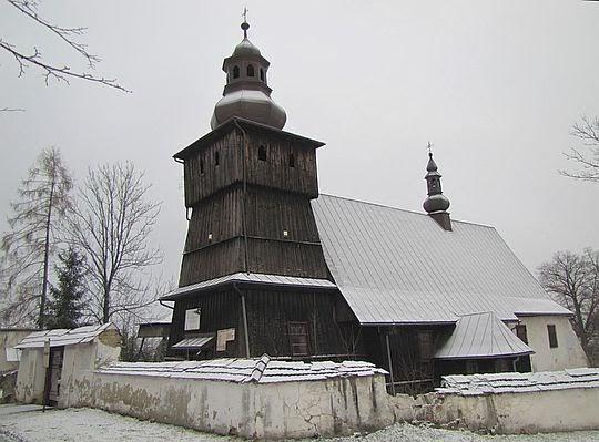 Kościół św. Mikołaja Biskupa w Skrzydlnej z końca XVI wieku.