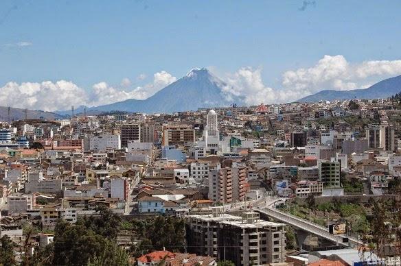 Cooperativa de Transportes Panamericana en Ambato
