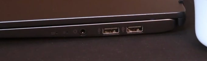 Ports on the right side of MSI Modern 14 B4MW laptop.