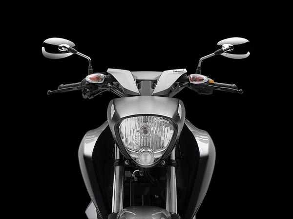 New  Suzuki Intruder 150 front look HD Picture
