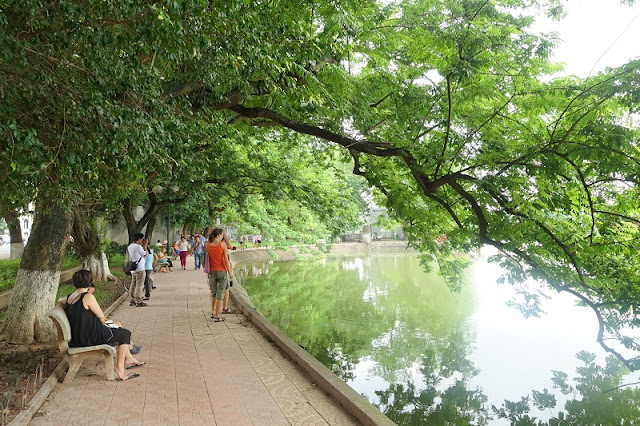 What to know and do in Hoan Kiem lake, Hanoi? 2