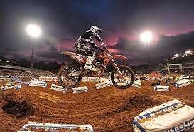 saltos motocross