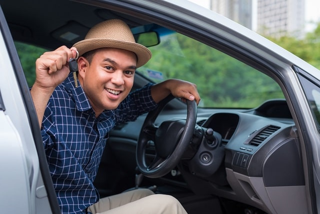 how to save money on car insurance for international students frugal budget