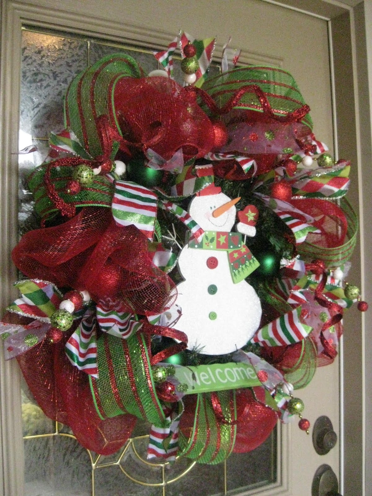 Kristen s Creations  Christmas Mesh Wreath Tutorial  Christmas Mesh Wreath Tutorial
