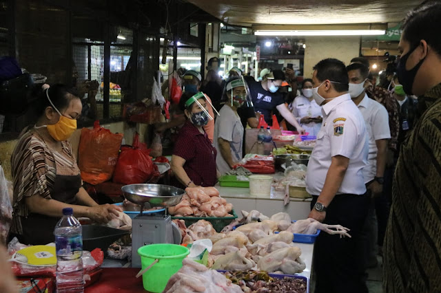 Pastikan Protokol Kesehatan Dipatuhi, Wagub DKI Jakarta Tinjau Pasar Baru