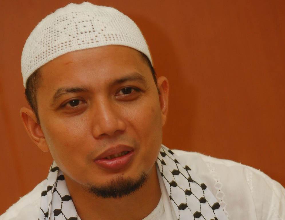 Profil Biodata Dan Biografi Ustadz Arifin Ilham