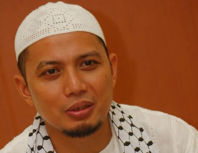 Biodata dan Biografi Ustadz Arifin Ilham