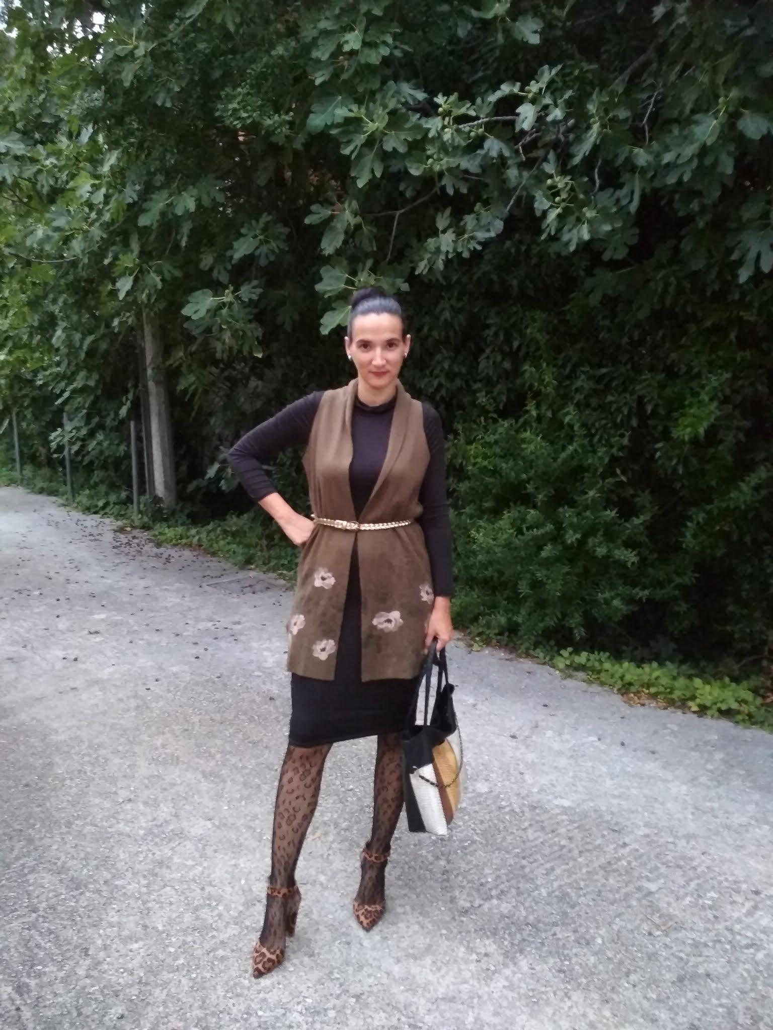 #MODAODARADOSTI 20 WAYS TO WEAR A GREEN VEST (SUSTAINABLE FASHION FILES)