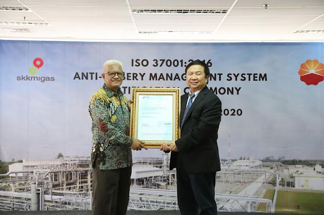 PetroChina Terima Sertifikat Sistem Manajemen Anti Penyuapan
