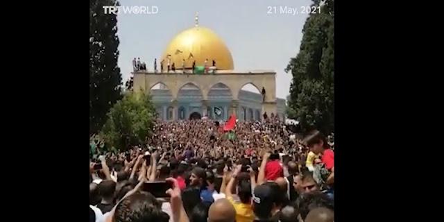 Polisi Israel Bubarkan Paksa Warga Palestina Yang Hendak Rayakan Gencatan Senjata Di Al-Aqsa