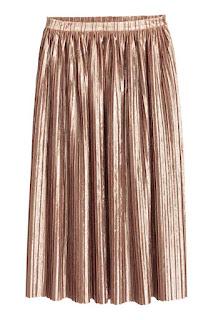 H&M plisowana spódnica z kreszowanego aksamitu wyprzedaż zimowa H&M co kupić na wyprzedaży