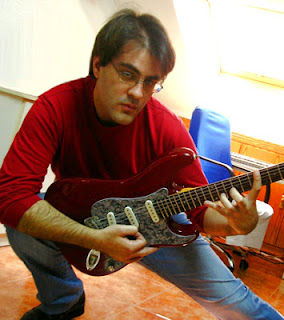 Gitaris, Paco Hernandez, profile, progresive, Shredder, gitaris hebat,