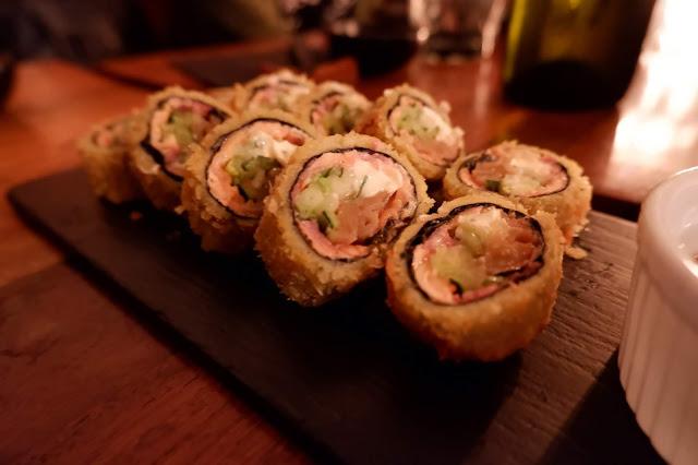 nikkei panko roll japanese salmon fried cream cheese