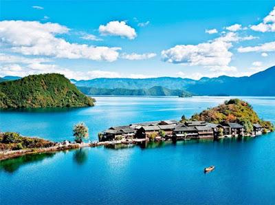 ทะเลสาบหลูกู (Lugu Lake: 泸沽湖) @ www.chinadiscovery.com