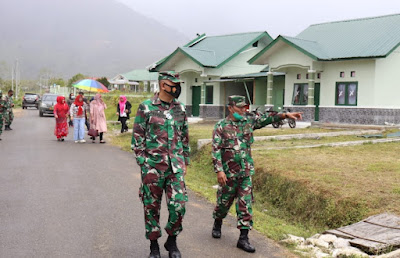Dandim 0106/Ateng Meninjau Lokasi Bencana Alam Di Jagong
