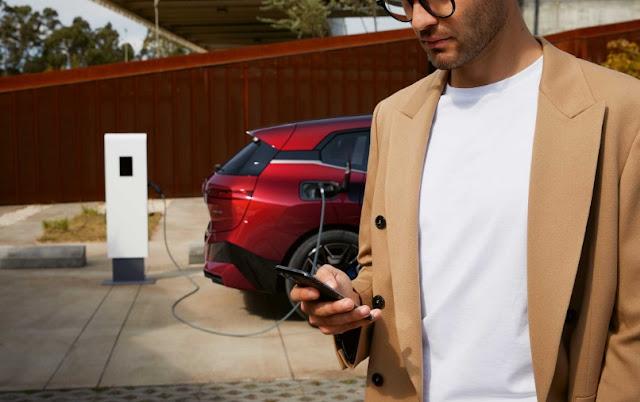 Το BMW Group και η Daimler Mobility ενώνουν τις δυνάμεις τους με την bp για την ανάπτυξη της ηλεκτροκίνησης