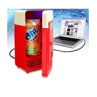 Travaillez dans le confort avec ce mini réfrigérateur USB de bureau
