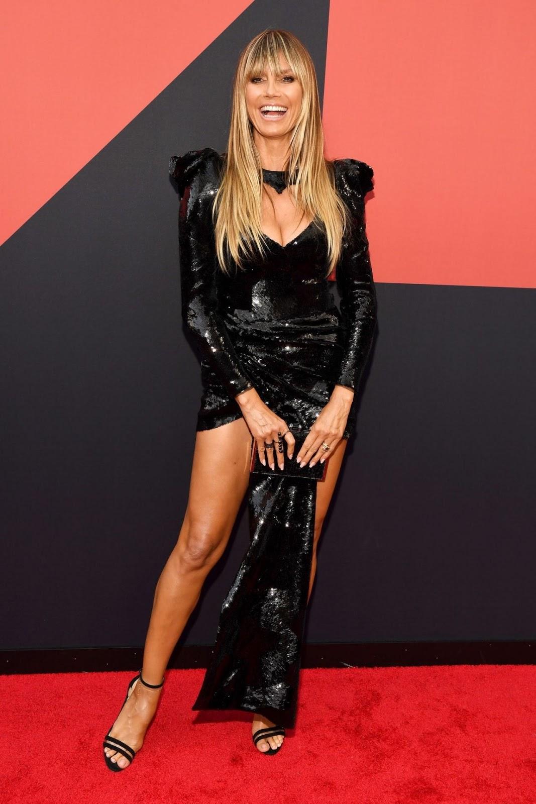 Heidi Klum dazzles in sequins at the 2019 MTV Video Music ...