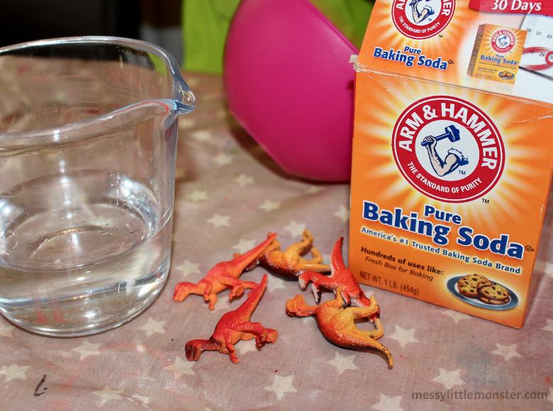 baking soda dinosaur eggs