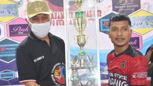 Wali Kota Mahyeldi Tutup Turnamen Futsal Kanvas Sumbar Cup 2020