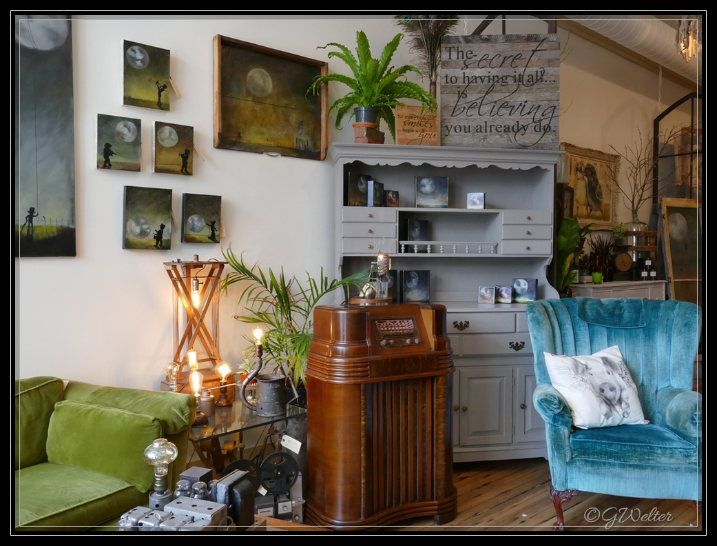 Life As I See It: Vintage Reinvented at Bluebird Home Decor