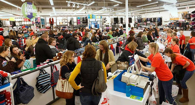 Shopping experience in the US on Thanksgiving