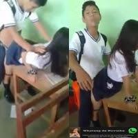 Novinha safadinha liberando a bucetinha no intevalo da aula e vazou no WhatsApp