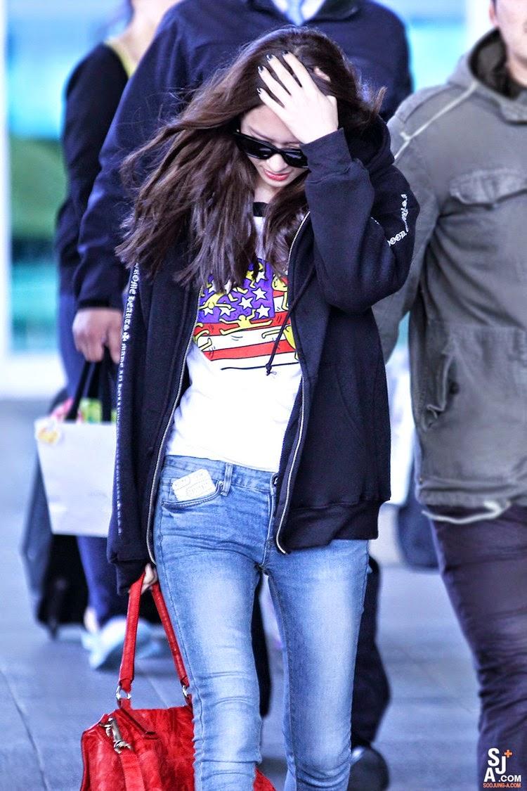 Airport Fashion: F(x) Krystal