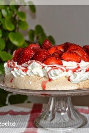recetario-reto-disfruta-fresa-fresas-13-recetas-dulces-pavlova