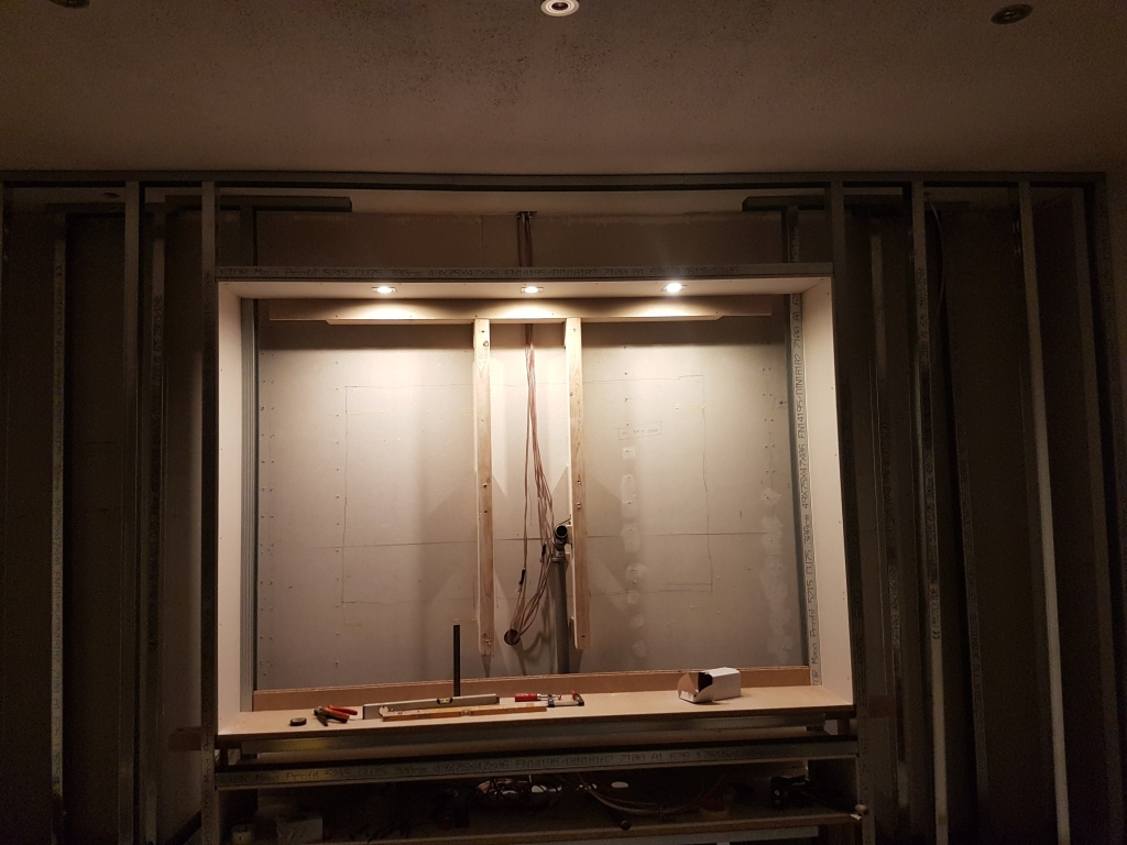 Wir bauen mit Massa Haus: Heute im Blog: Wir bauen eine Medienwand ...