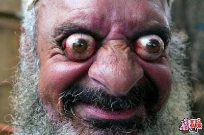 humor , ojos saltones, barbudo, barba