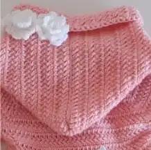 Abrigo con Capucha Bebé a Crochet