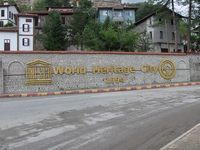 Safranbolu UNESCO tarafından 1994 yılında Dünya Miras Listesi'ne girerek koruma altına alınmıştır...