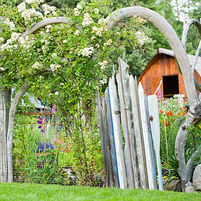 beach driftwood garden gate idea
