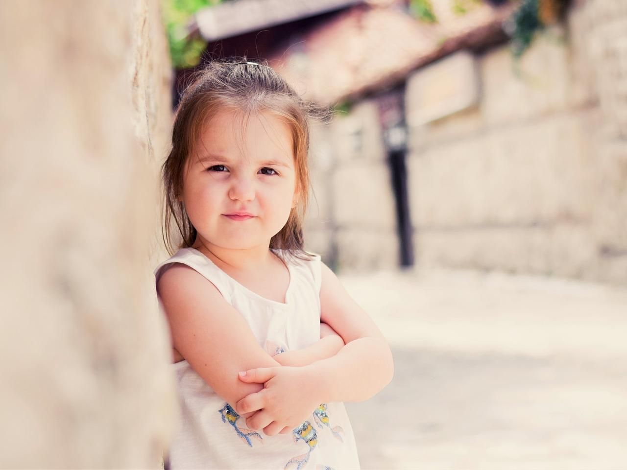 dlaczego dziecko z refluksem kaszle