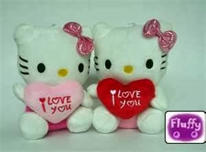 Boneka hello kitty i love u