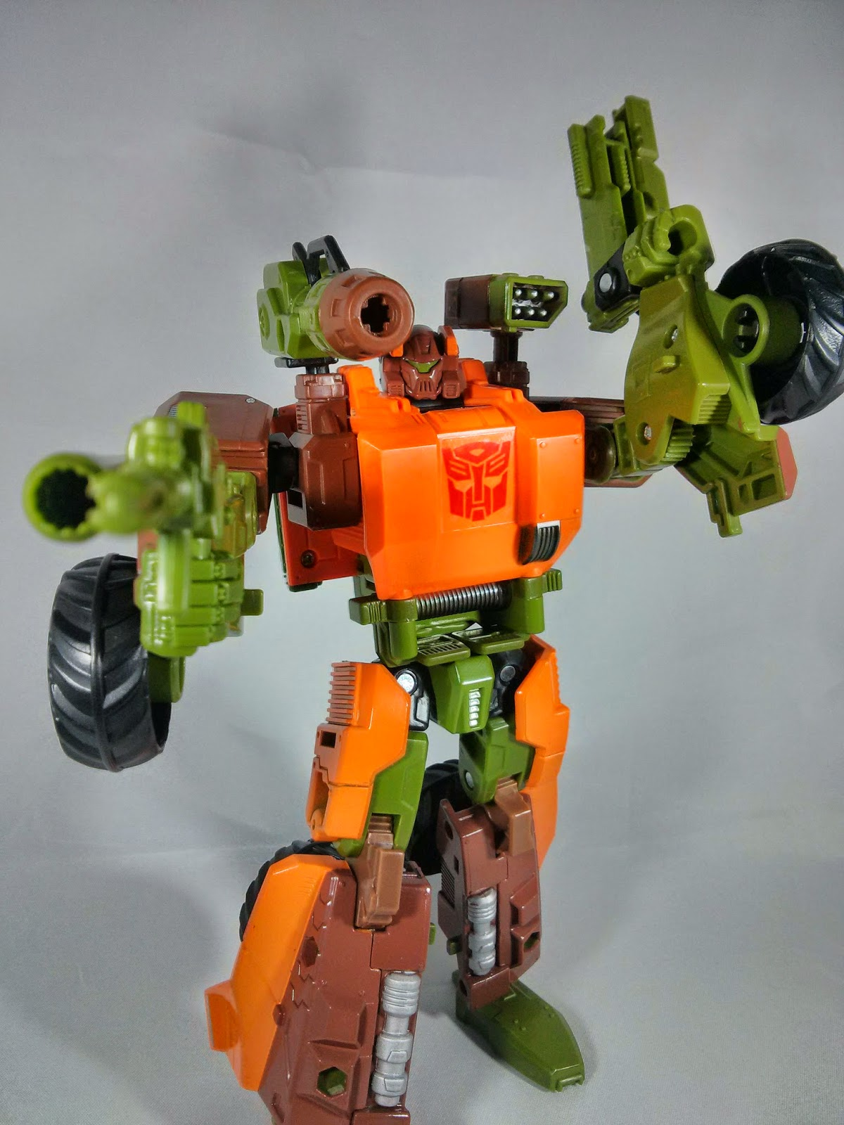 transformers generations roadbuster missile launcher