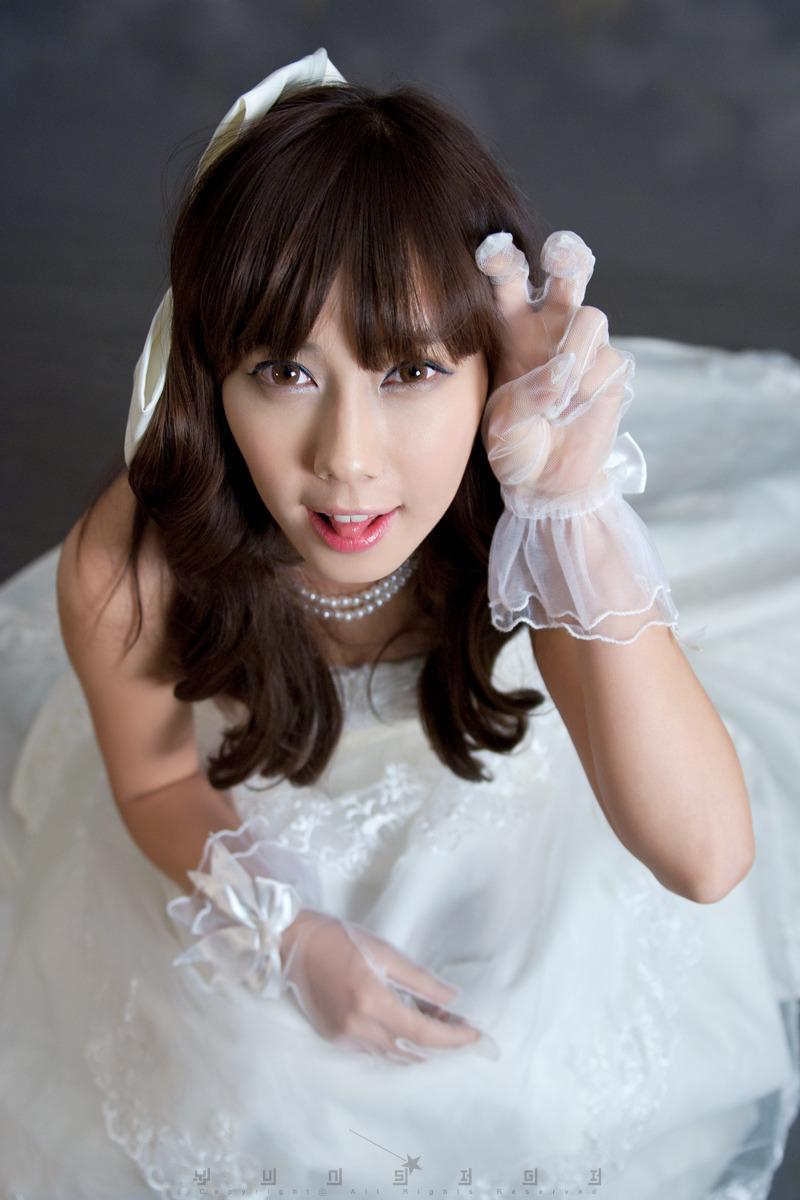 [Kim Ha Yul] 2010.12.12 - Wedding Dress