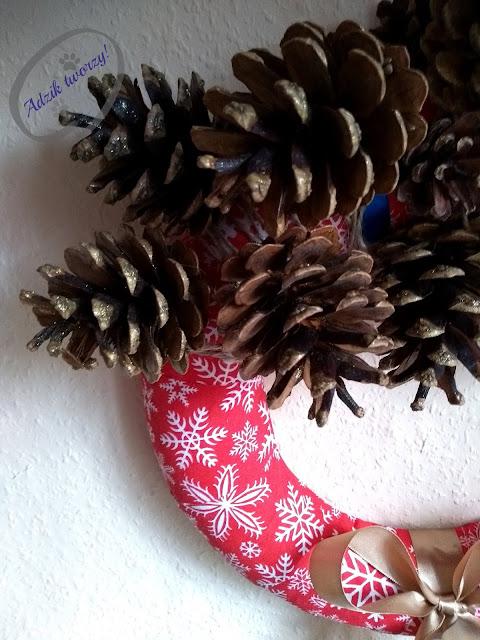 Adzik tworzy - dekoracyjny wieniec bożonarodzeniowy na drzwi