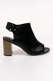 sandale din piele naturala cu toc gros