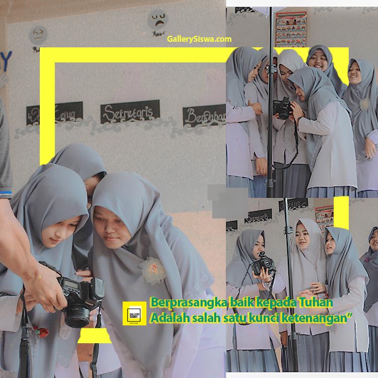 Jasa Pembuatan Yearbook