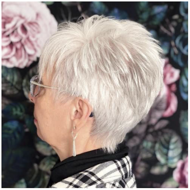 short hairstyles for over 50 women 2020